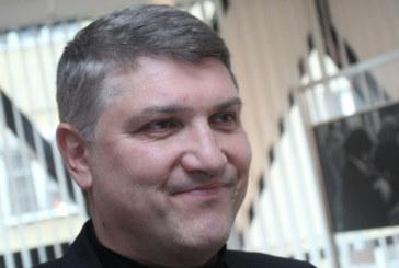 """Терасата на шефа на КОНПИ """"изяде"""" главата на Влади Калинов"""