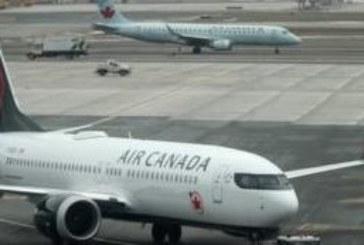 Екипаж забрави заспала пътничка в самолета