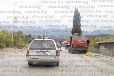 Ремонт на Самоковско шосе изнерви шофьорите в Дупница, задръстванията в час пик километрични