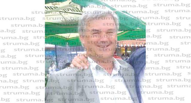 ВРЪЩАНЕ КЪМ ПРОФЕСИЯТА! Екскметът на Бистрица В. Бански подкарва общинския паяк в Дупница