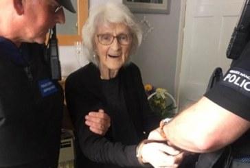 Без престъпление! Арестуваха 93-г. жена, така пожелала в завещанието си