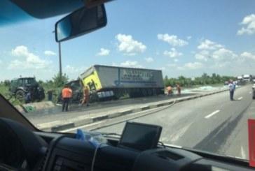 Български шофьор загина при катастрофа между два тира в Румъния