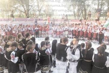 """380 българчета се надиграваха на XII издание на фестивала на ТА """"Оазис-А"""" в гръцкия детски лагер """"Александра"""""""