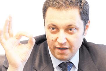 Лидерът на РЗС, общинският съветник в Сандански Яне Янев с шокиращи разкрития за бившия втори в ГЕРБ: Цветанов е един от най-големите кешови играчи в България, създаде далеч по-мощни структури от организираните престъпни групи, които арестуваше