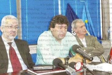 Кметът Ат. Камбитов прекрати договора за наем на ДСБ, даде 2 седмици срок на К. Ханджийски да се изнесе от партийния офис