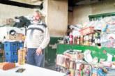 Оцелелият след удар от 20 000 волта ток Муса стопанисва магазинчето за всичко в Аврамово, дългото 6 км село с най-високата на Балканския полуостров гара