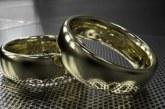 Скритите послания: Венчалната халка причинява главоболие, златните ланци забавят умствената дейност