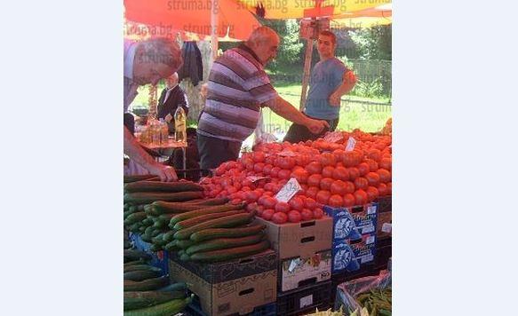 Болест по доматите вдигна цената им на пазара, най-евтините -  2,50 лв. за килограм
