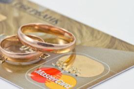 Колко струват сватбите по света
