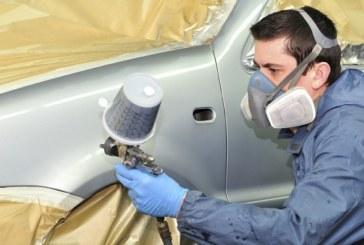 Майстор бояджия унищожи с разяждащ спрей колата на клиент, не се разбрали за парите