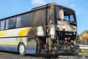 ОГНЕН УЖАС! Български автобус се запали в Кавала