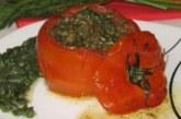 Пълнени домати със спанак и риба тон