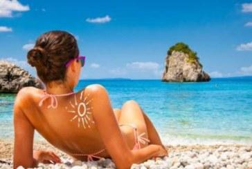 В Гърция: Гориш с €1000, ако вземеш камък от плажа