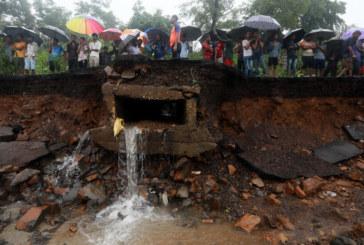 Язовирна стена се скъса в Индия, над 30 души загинаха