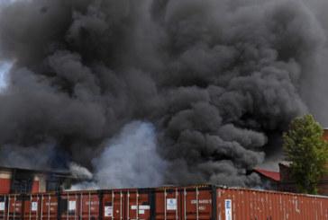 Пожар избухна в търговски център в Берлин