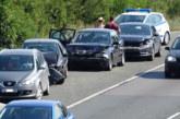 4 автомобила във верижен сблъсък на Е-79 край Симитли