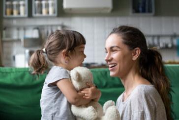 Правителството отпусна персонална пенсия на многодетна майка