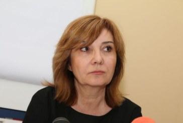 Директорът на НАП няма да подава оставка, двама от подчинените й си тръгват