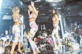 """Гърлите от """"Бейбилон топлес шоу"""" сътвориха горещо парти в клуб """"The Face"""""""