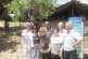 Някогашни седмокласници от Стара Кресна празнуваха с учителката си П. Симеонова  55 г. от завършването