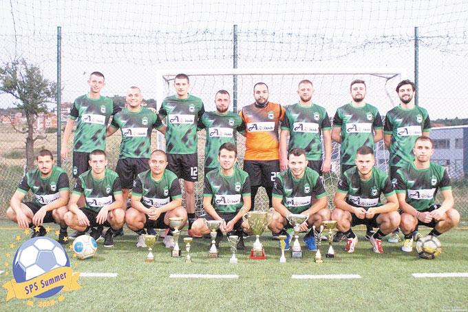 """""""Пирински орли"""" откри сезона по минифутбол с нови екипи и победа 12:2"""