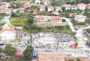 Над 1000 съборяни се събраха на храмовия празник в Покровник, приеха за добра поличба поройния дъжд, излял се час преди полунощ