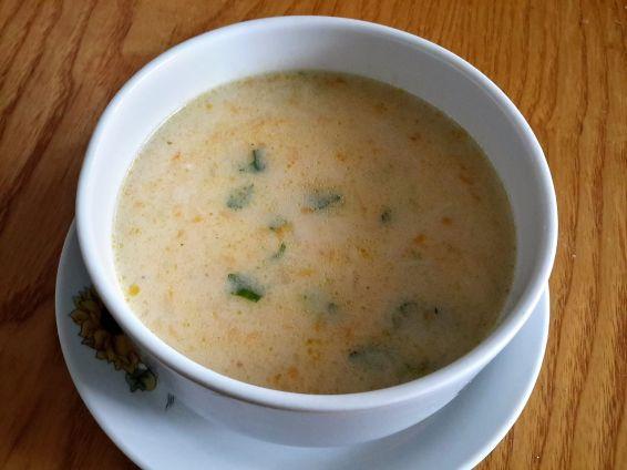 Супа с прясно зеле