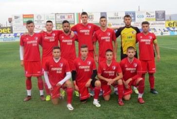 """Деветнайските на """"Марек"""" оредяха, търсят попълнения в Благоевград и Перник до старта на първенството"""