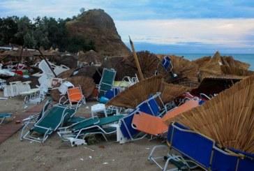 Разрушения и смърт остави след себе си ураганът в Северна Гърция /ВИДЕО/СНИМКИ/