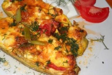 Печени тиквички със сирене и яйца