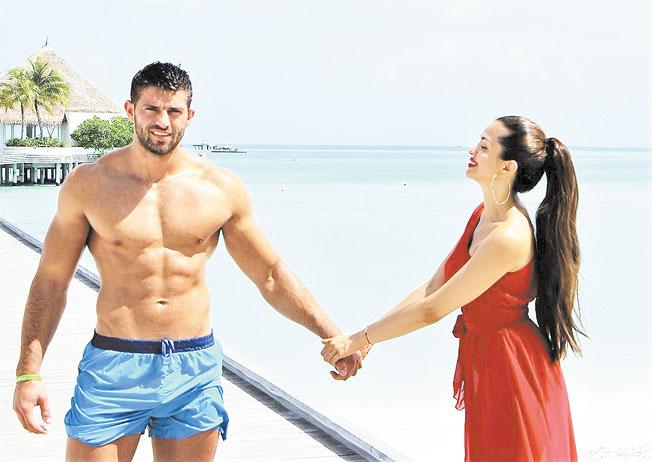 Райна разпуска на Малдивите в обятията на любимия си Валери