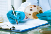 90-г. испанка почина от листериоза, други 56 души в болница