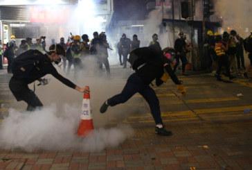 Два нови митинга в Хонконг след сблъсъците с полицията