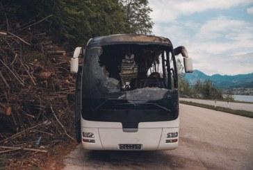 Туристически автобус с деца изгоря в Гърция