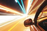 Шофьор звъни в полицията: Дете кара по магистралата!