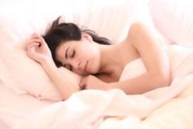 Суеверие или нещо повече: Защо не трябва да спите с крака към вратата