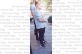 """Клиентка на известна верига магазини в Благоевград сигнализира: Охранител в """"Лидъл"""" се държи арогантно с клиентите, """"изпраща"""" ги с вдигнати върху количките крака и дъвка в уста"""