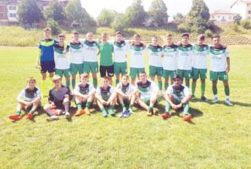 """Юношите на """"Беласица"""" загряха за първенството с изразителен успех над неврокопчани"""