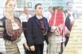 След 18 г. съжителство танцьорите К. Амбарков и половинката му М. Митова вдигнаха сватба и венчавка в Дупнишко, издокарани в народни носии