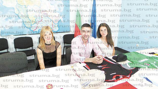 Футболните фланелки на Роналдо, Балъков, Сакалиев... трика на Назарян и Ангелов продават на благотворителен търг за спасяване на детското отделение в Перник