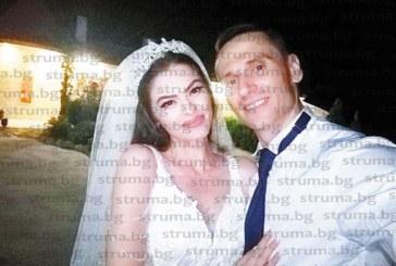 Криминалистът А. Варадинов кумува на тв репортера В. Иванов и красивата му избраница Деа