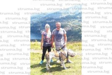 Дупнишки пластичен хирург разпусна с разходка до Седемте рилски езера в компанията на съпругата и кучето