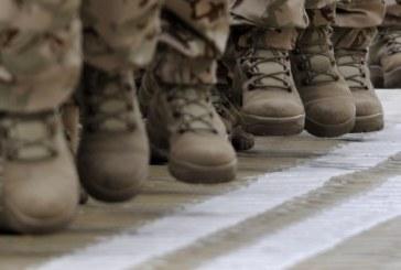 Търсят офицери на 1000 лв. заплата и войници на 800 лв.