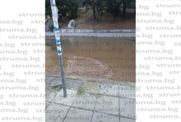 Авария на водопровода остави на сухо центъра на Дупница, в бившата Военна болница спасиха положението със запаси в бидони