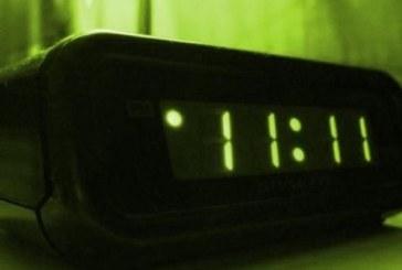 Ето какво означава ако видите часовника спрял на 11:11 или 22:22!