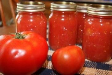 Проф. Мермерски: Не яжте варени и консервирани домати