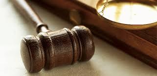 Двама петричани на съд за контрабандни цигари