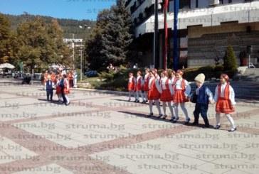 С празничен концерт община Дупница отбеляза 111 години от обявяването на Независимостта на България
