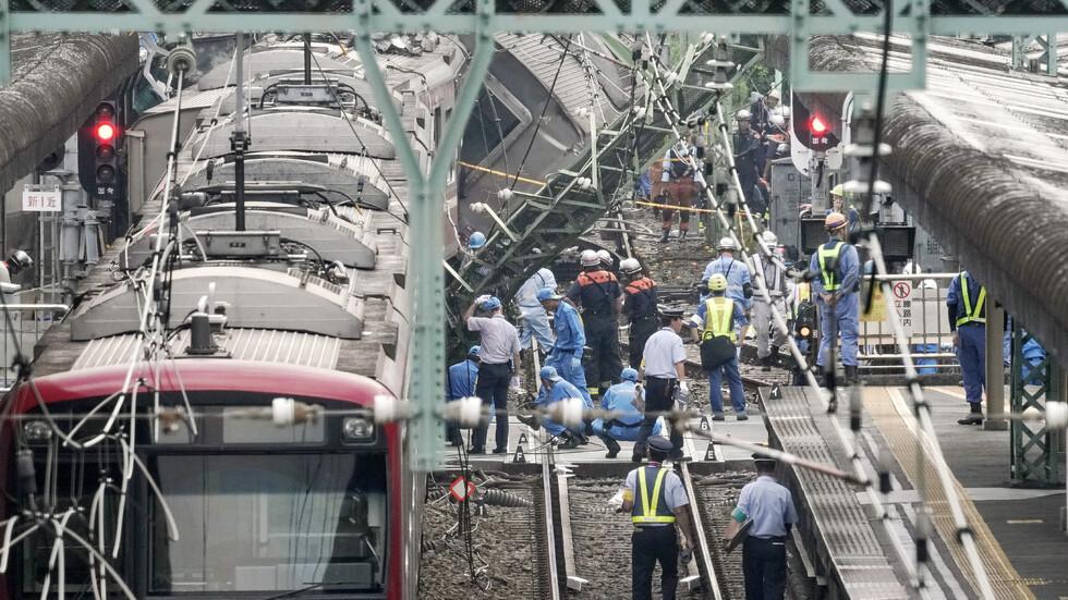 Влак и камион се удариха в Япония, има загинал и ранени