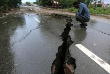 Най-малко 34 души са загинали при земетресението в Пакистан